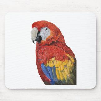 Diseño del retrato del Macaw del escarlata Mousepad