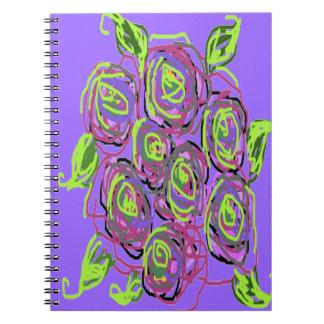 Diseño del rosa en flores del verano libros de apuntes con espiral