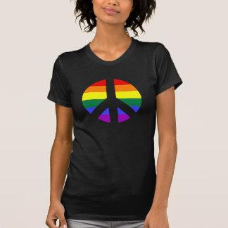 Diseño del signo de la paz del arco iris remera