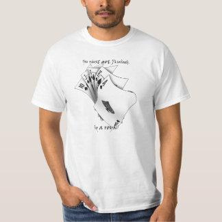 Diseño del tatuaje de la escalera real camisas