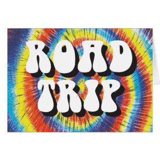 Diseño del teñido anudado del viaje por carretera felicitacion