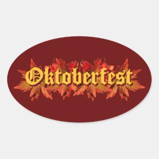 Diseño del texto de Oktoberfest con las hojas de Pegatina Ovalada