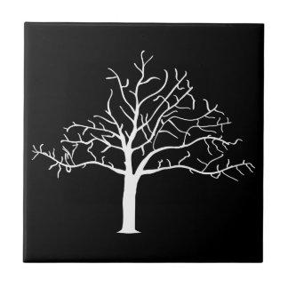 Diseño desnudo del árbol azulejo cuadrado pequeño