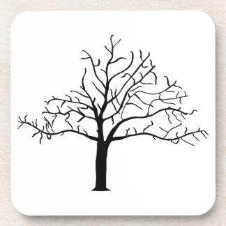 Diseño desnudo del árbol posavasos de bebida
