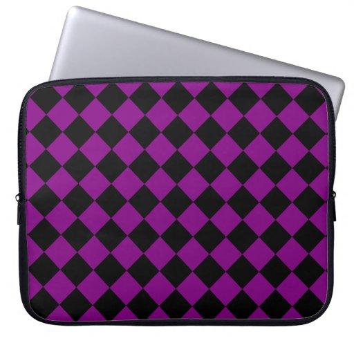 Diseño diagonal púrpura y negro del tablero de dam funda computadora