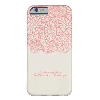 Diseño dibujado mano rosada coralina del modelo funda de iPhone 6 barely there