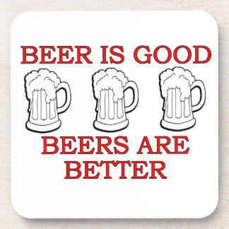 Diseño divertido de la cerveza posavasos de bebida