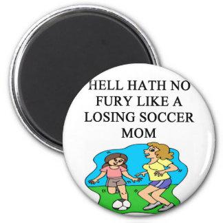 diseño divertido de la mamá del fútbol imán redondo 5 cm