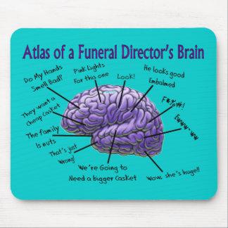 Diseño divertido del cerebro del director de funer tapete de ratón