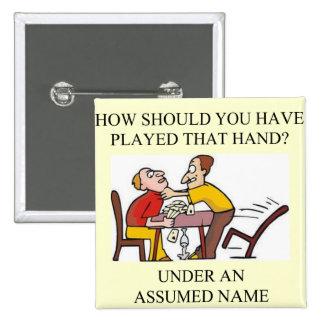 diseño divertido del chiste del jugador de puente pin cuadrado