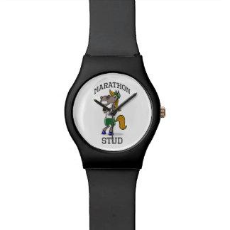 Diseño divertido del perno prisionero del maratón relojes de pulsera