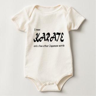 Diseño divertido. Sé karate + otras palabras del Mamelucos