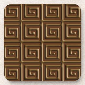 Diseño dominante griego - chocolate oscuro posavaso