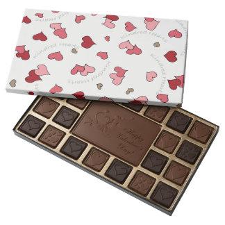 Diseño emparentado de los corazones en rosas y caja de bombones variados con 45 piezas