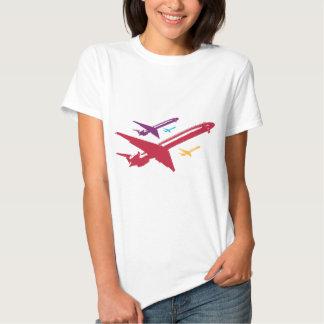 Diseño enojado retro del vuelo del jet del remeras