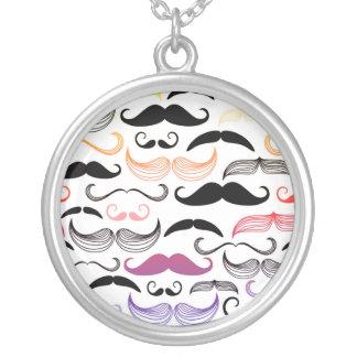 Diseño enrrollado del bigote del arco iris colgante redondo