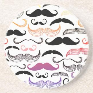 Diseño enrrollado del bigote del arco iris posavasos diseño
