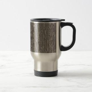 Diseño estático del estilo del metal moderno en el taza de viaje