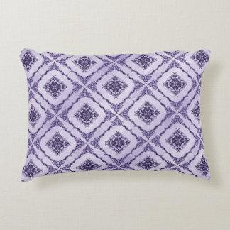 Diseño etéreo del fractal de la púrpura y de la cojín decorativo