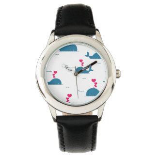 Diseño fabuloso de la ballena azul con los relojes
