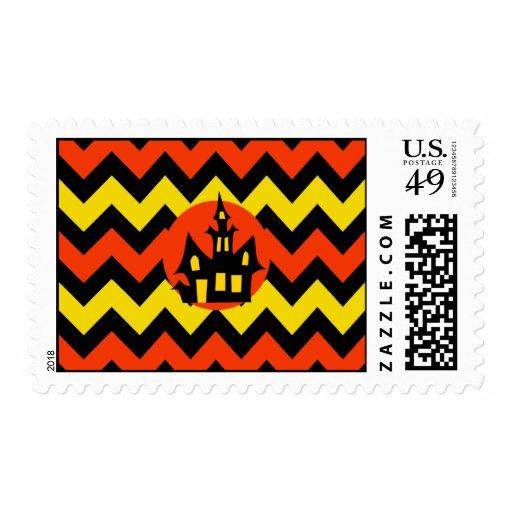 Diseño fantasmagórico de la casa encantada de timbres postales