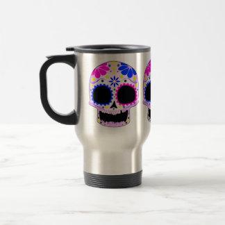 Diseño feliz del cráneo del azúcar taza