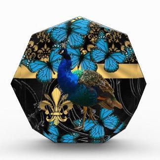 Diseño femenino bonito del pavo real