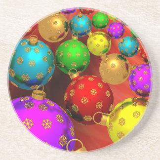 Diseño festivo de los ornamentos del árbol de navi posavasos cerveza