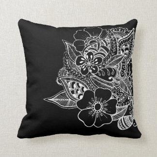 Diseño floral 1 - negro cojin