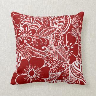Diseño floral 2 - rojo oscuro cojin