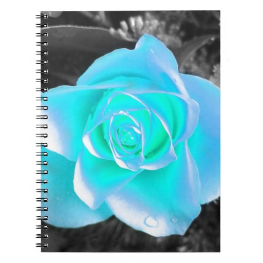 Diseño floral coloreado libreta espiral
