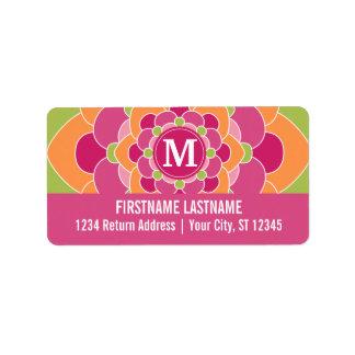 Diseño floral colorido grande con el monograma etiqueta de dirección