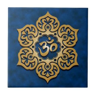 Diseño floral de Aum, azul de oro Azulejos Cerámicos