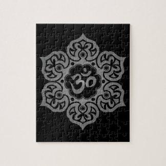 Diseño floral de Aum, oscuro Puzzle