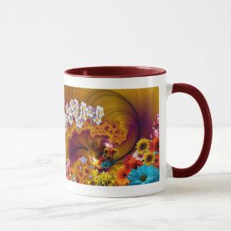 Diseño floral de la fantasía taza