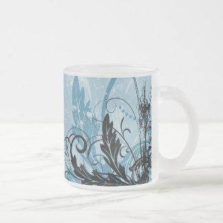 Diseño floral del Grunge - azul claro Taza De Cristal