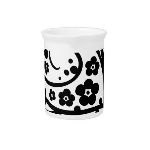 Diseño floral del remolino del chino jarra de beber