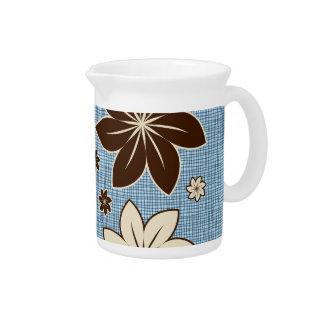 Diseño floral en azul jarras para bebida