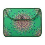 Diseño floral espiral del arco iris - fondo verde funda macbook pro
