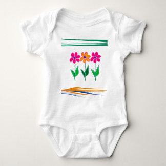 Diseño floral remera