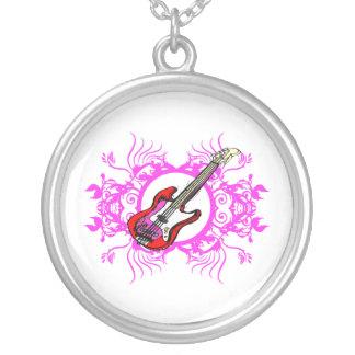 Diseño floral rosado bajo rojo del negro del círcu grímpola