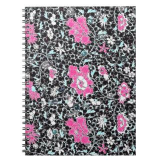Diseño floral rosado negro libretas espirales