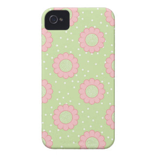 Diseño floral rosado y lunares iPhone 4 Case-Mate cobertura