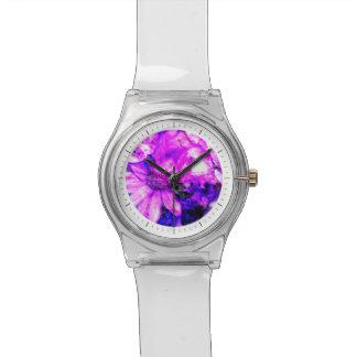 Diseño floral vibrante en púrpura y fucsia relojes de mano