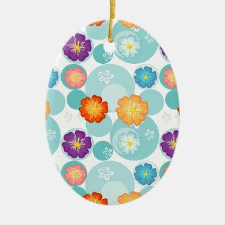 Diseño florido inconsútil adorno ovalado de cerámica
