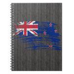 Diseño fresco de la bandera del kiwi libros de apuntes