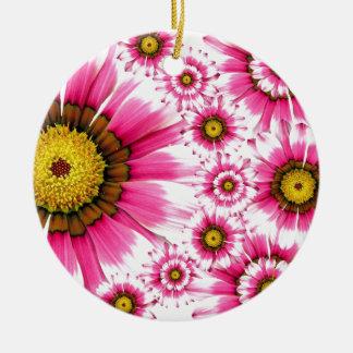 Diseño fucsia del caleidoscopio de la flor de las adorno navideño redondo de cerámica