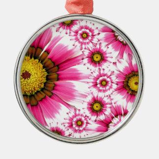Diseño fucsia del caleidoscopio de la flor de las adorno navideño redondo de metal