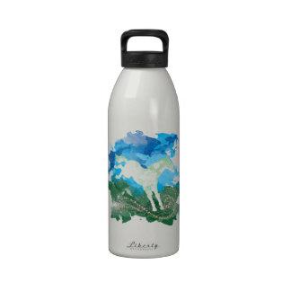 Diseño galopante del caballo botella de agua reutilizable