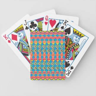 Diseño geométrico baraja cartas de poker